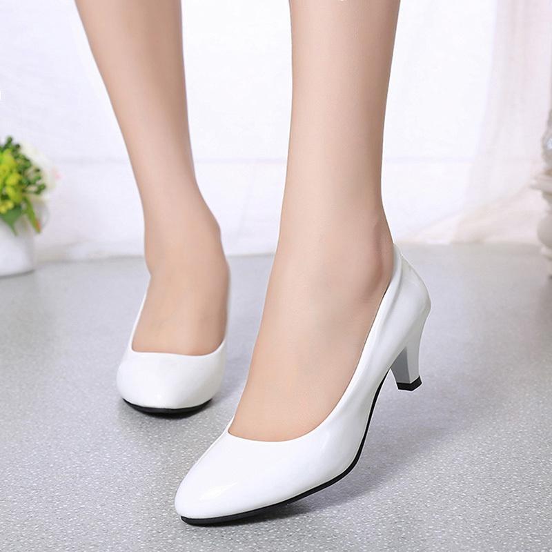Compre 2019 Bombas Femeninas Desnudo Boca Baja Zapatos De Mujer Trabajo De  Oficina Zapatos De Fiesta De Boda Zapatos Para Mujer Zapatos De Tacón Bajo  Mujer ... f611fa9b1cbc