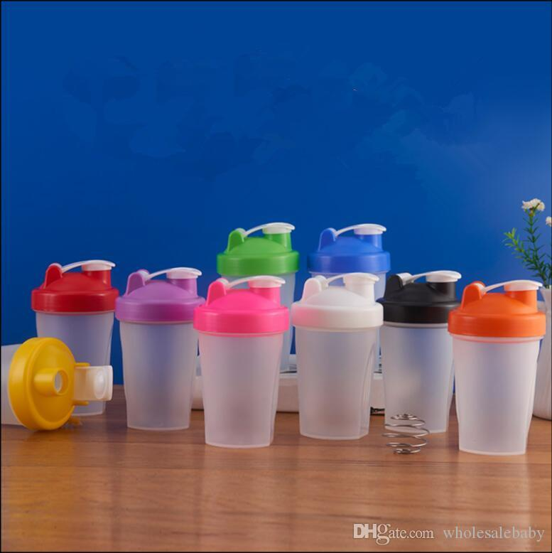 Sports bottle Shaker Mixer Bottle Plastic Shaker bottle Sports Fitness Leakproof Shaker water Bottles Portable Outdoor Athlete Cups TL826