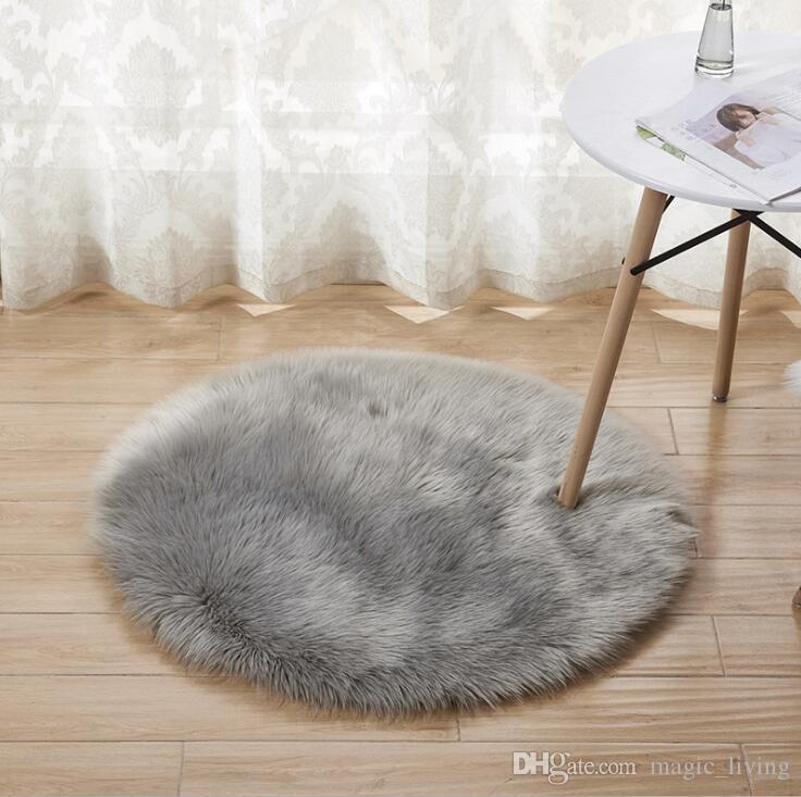 2019 Circular Carpet Plush Carpet Bedroom Bedside Mat Spread Living Room Tea Table Mat Imitation Wool Window Decoration H234