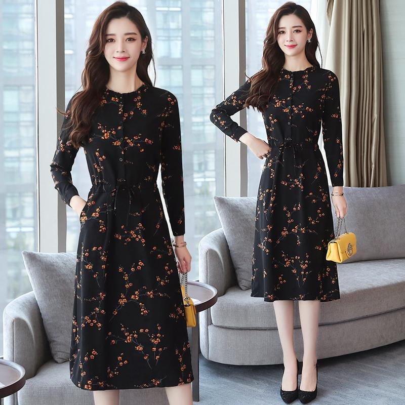 dd817a11e 2018 Autumn Winter New Black Floral Vintage Dress Plus Size Midi Dresses  Korean Elegant Women Party Long Sleeve Bodycon