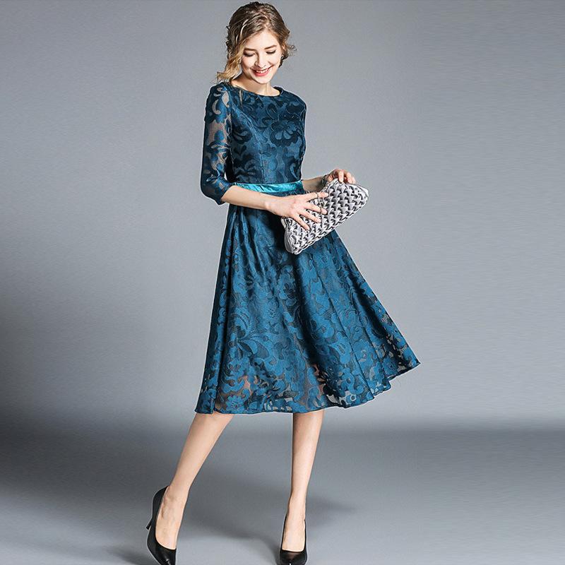 best website 45e7c 3469e 2018 Autunno Inverno Donna abito pizzo floreale mezza manica elegante Lady  Dress Office Lady Wear