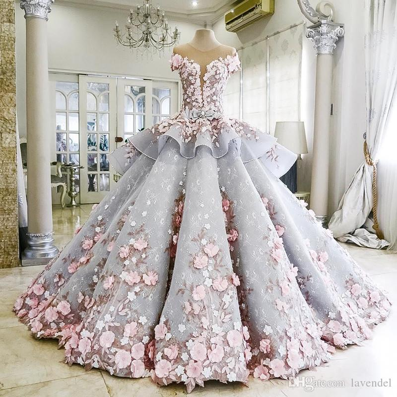 Charming Lace Ball Gown Wedding Dresses 3D-Floral Appliques Flower Vintage Bling Backless Long Princess Wedding Dress Quinceanera Dresses