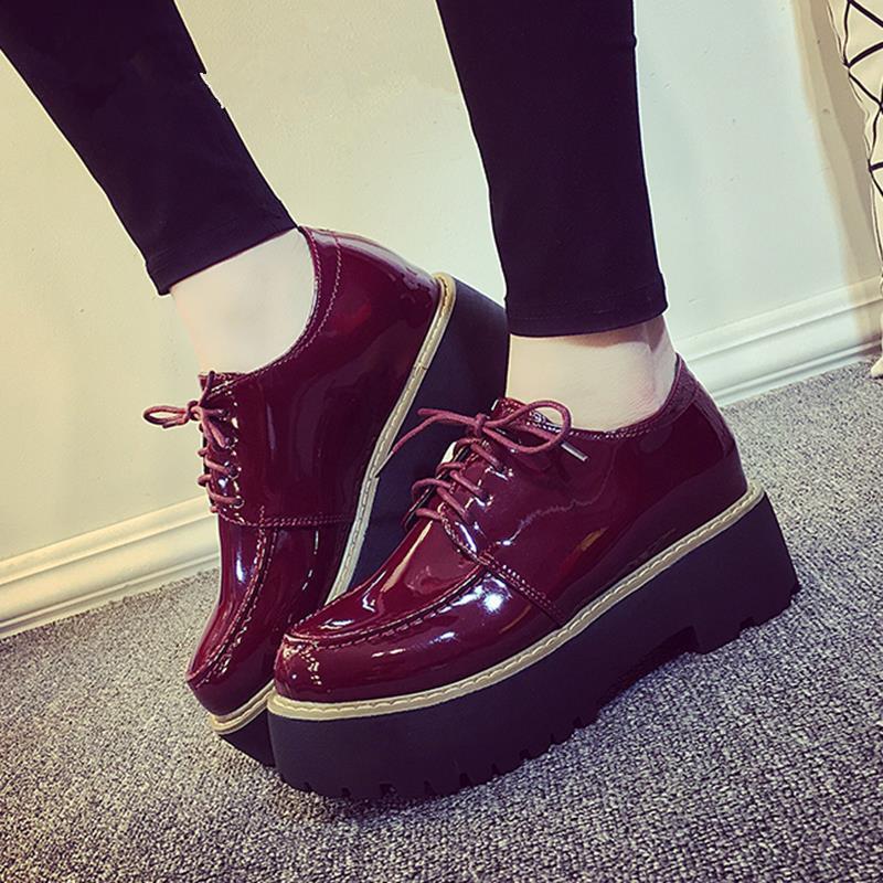 40aed37bb52 Compre MIUBU Oxford Mujer Casual Sapato Feminino Charol Plataforma Pisos  Zapatos Planos Del Dedo Del Pie Redondo Mujer Cómoda Creepers A  58.48 Del  ...