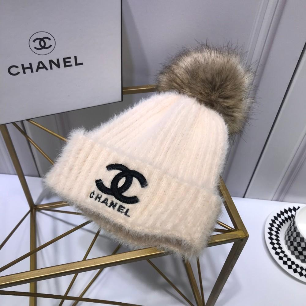 2019 The Bell Shaped Knit Hat Is Made Of High Grade Velvet 73a97064087