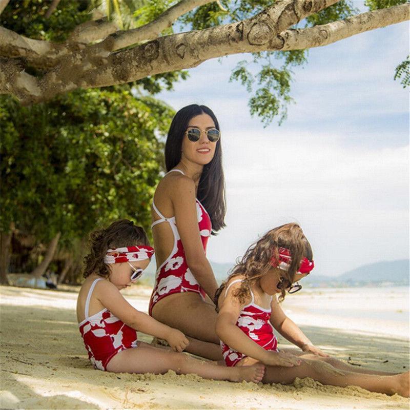 Matching família roupa da filha da mãe da menina das mulheres Crianças floral vermelho biquíni Swimsuit Swimwear