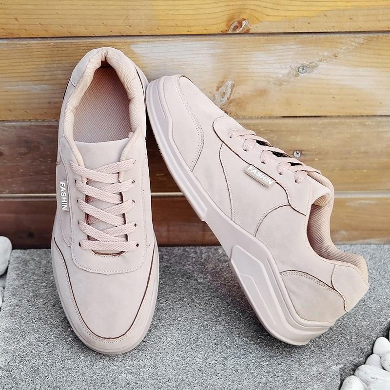 fa423bcb5 Compre 2019 New Arrival Clássico Retro Respirável E Confortável Melhor  Sapatos Casuais Para Homens Dos Anos 90 Moda Estilo Jovem Sapatos De Placa  De Couro ...