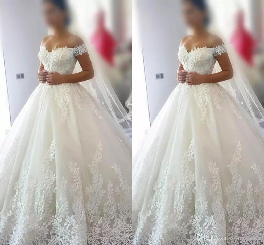 78e90e5d58 2018 Pure White Simple Design Wedding Dresses Off Shoulder Short Sleeve  Lace Appliques Bridal Dresses Charming Wedding Gowns Wedding Dress Designer  Wedding ...