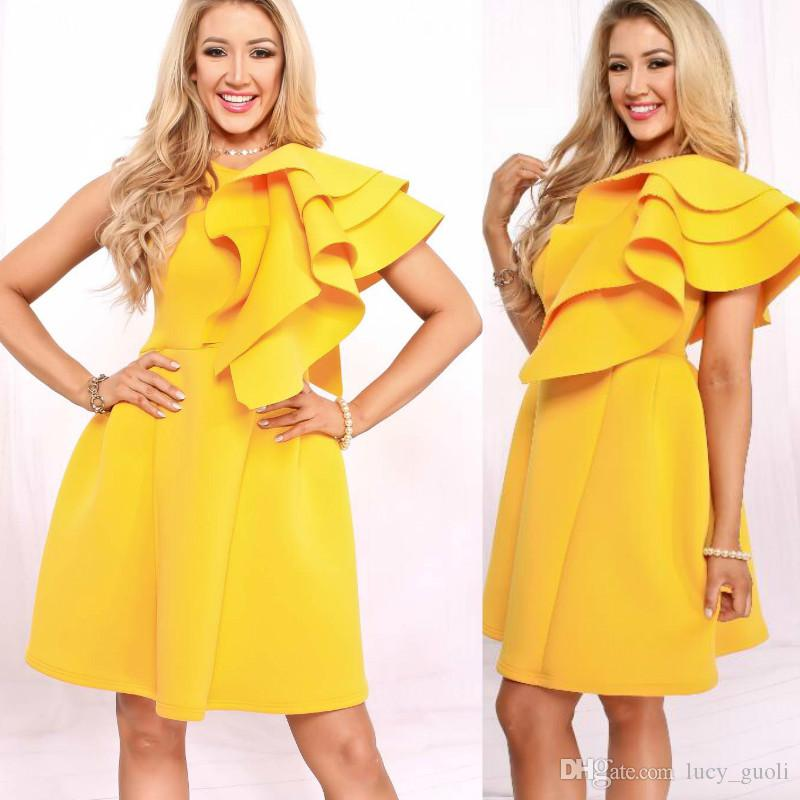 Women Sexy Bodycon Sleeveless Bandage Dresses Female Ruffles Yellow Elegant Club  Mini Dress Vestido One Shoulder Solid Party Pencil Dress Womens Evening ... f9c2367a6340