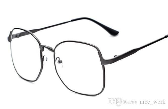 709ae059a88 2019 2017 Fashion Square Eyeglasses Frame Luxury Brand Gold Metal Eyewear  Computer Glasses Oversized Women Optical Frames Oculos De Grau 3178 From  Dashu11