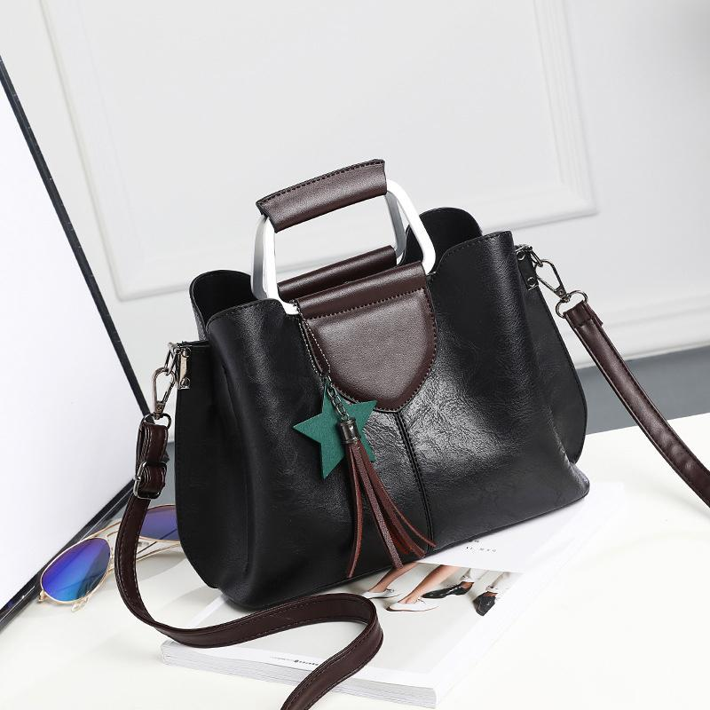 New Arrival 2019 Women Fashion Handbags Pu Leather Shoulder Lady Bags  Messenger Big Leisure Handbag For Women 693 Crossbody Purses Ladies Purse  From ... 709480a0fd20b