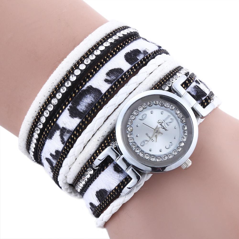 de style élégant france pas cher vente nouvelle apparence Imitation fourrure longue ceinture dame bracelet montre tendance léopard  incrusté de diamant montre boucle de fer