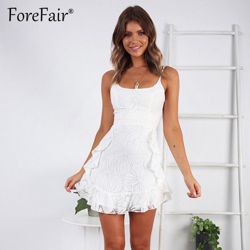 5ea09d068375 Vestido de malla blanco de las mujeres Vestidos Elegantes Mujer 2019 Verano  sin mangas Correa de espagueti sin respaldo una línea Mini vestido de la ...