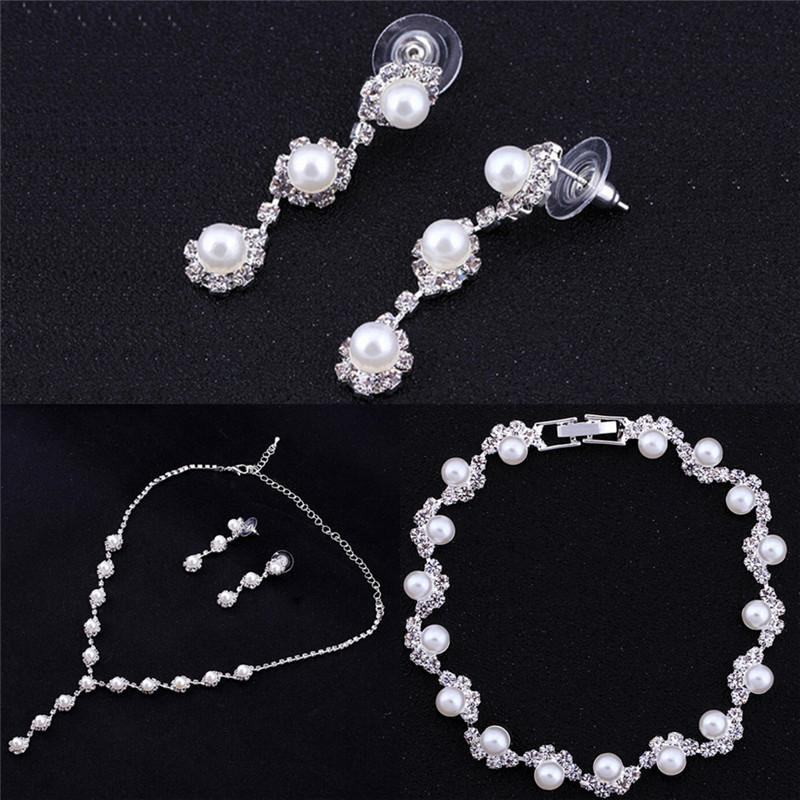 Collar y aretes llamativos con perlas de flores simuladas Mujeres Conjuntos de joyas de boda Accesorios de moda para fiestas
