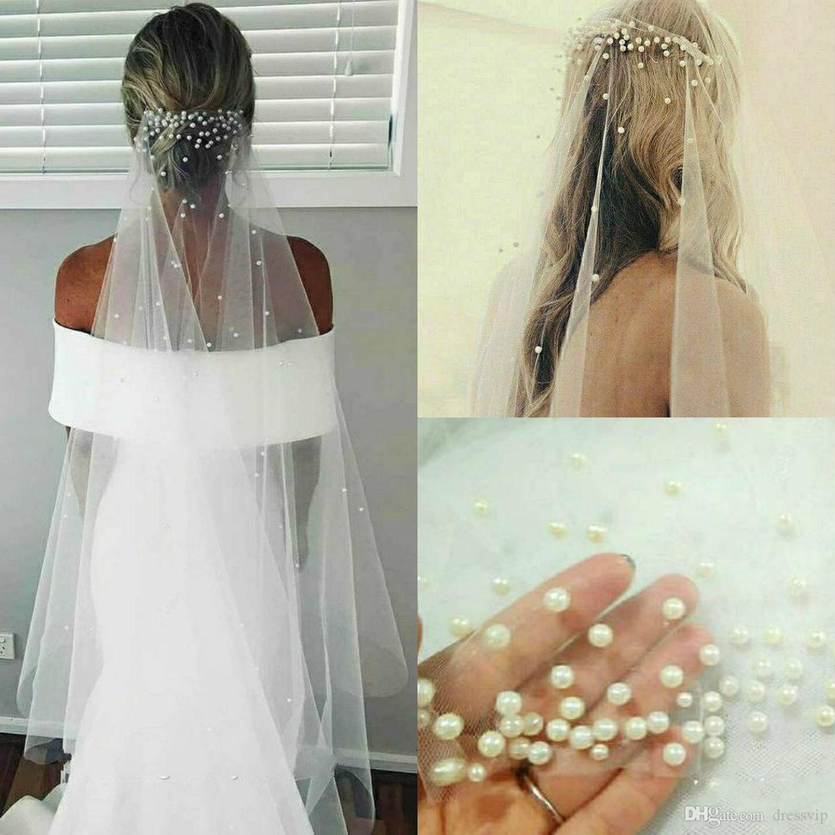 a2dc4693c2 Compre 2019 Bling Bling Pearls Figertip Longitud Velos De Novia Cortos Lujo  Largo Por Encargo Velos De Novia De Alta Calidad A  21.86 Del Dressvip