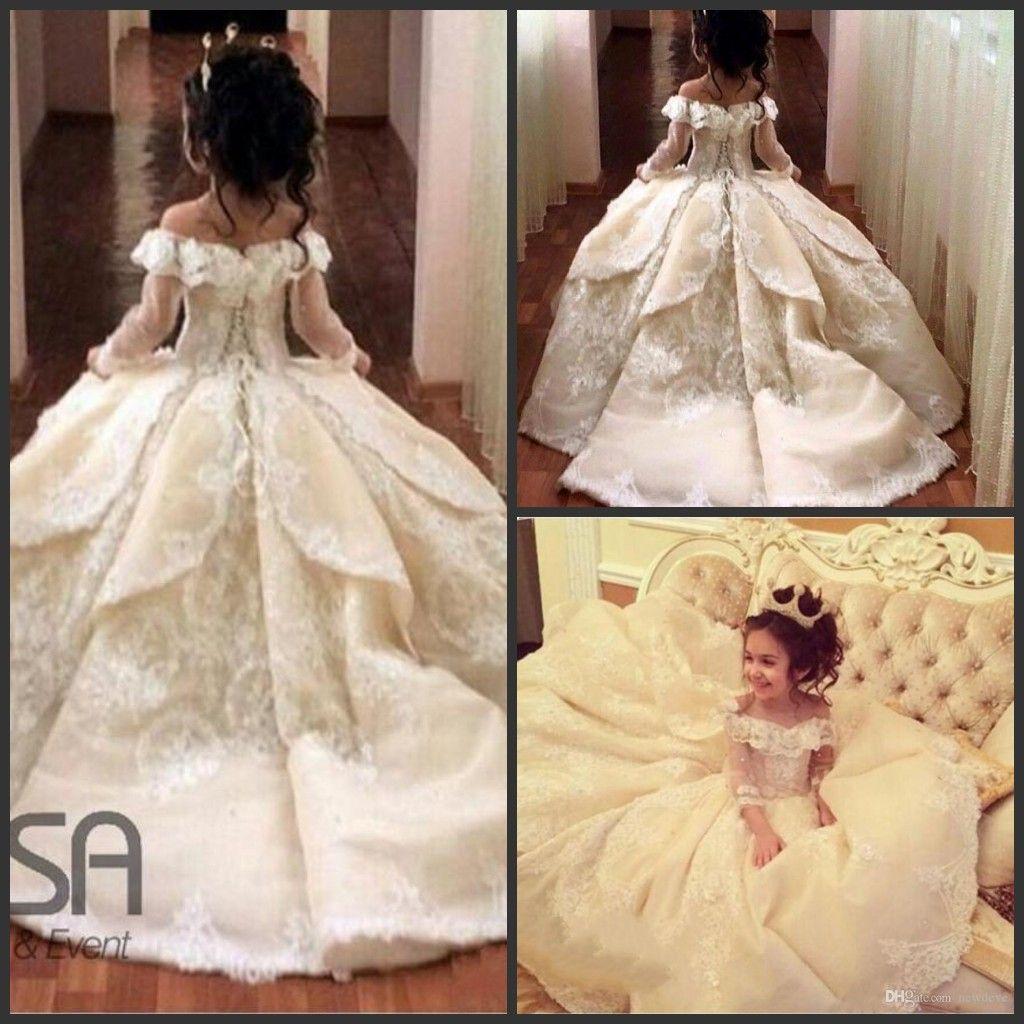 6591e2d230 2019 Vintage Prenses Çiçek Kız Elbise Off-omuz Özel Günlerinde Düğün Balo  Çocuk Pageant İlk Komünyon Elbiseler
