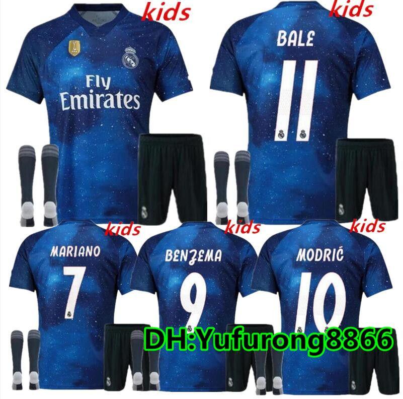 Compre Kit De Niños Del Real Madrid 2019 Edición Especial Soccer Jersey  18 19 Azul Estrellado EA DEPORTES MODRIC MARCELO ASENSI ISCO Uniforme De  Camiseta De ... a5eb85b14b2c7