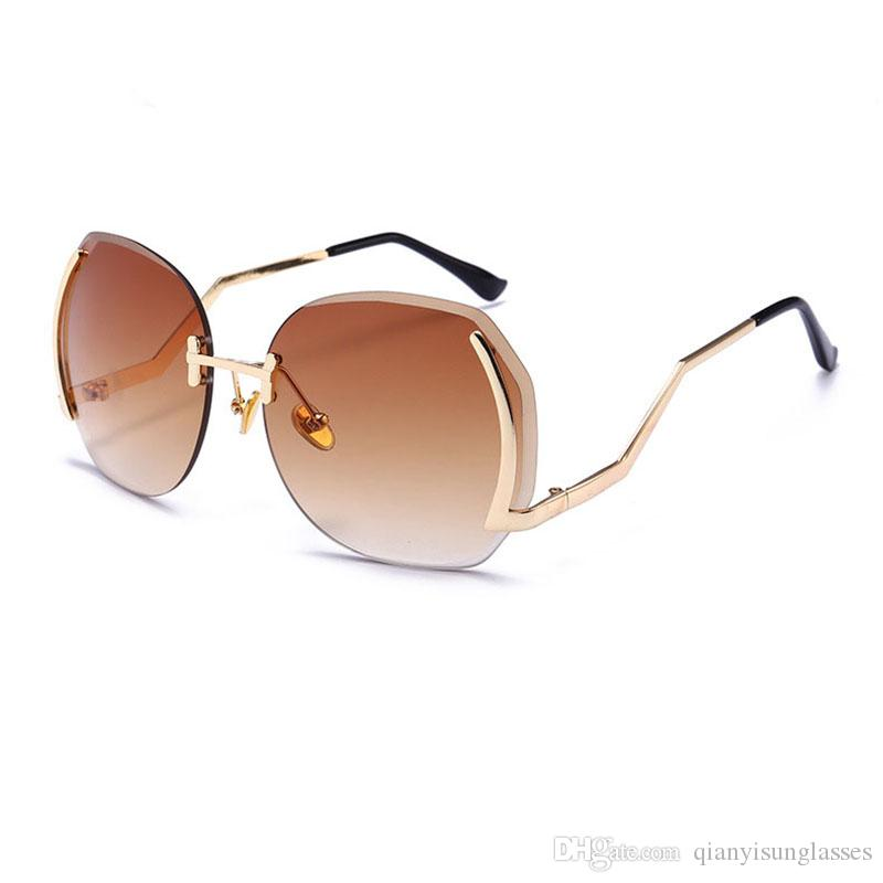 l'ultimo 834b2 b1b99 occhiali da sole oversize occhiali da sole da donna occhiali da vista  chiari occhiali da sole 2019 occhiali da sole femminili vintage Fashion  Shades ...