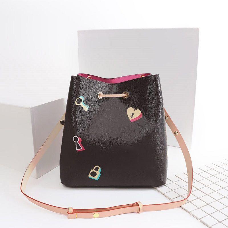 2019 Designer Luxury Handbags High Quality Leather Luxury Designer Handbag  Purses Pochette Metis Shoulder Bags Crossbody Bags L44369 V2 Leather Handbag  Red ... 75923e9a28