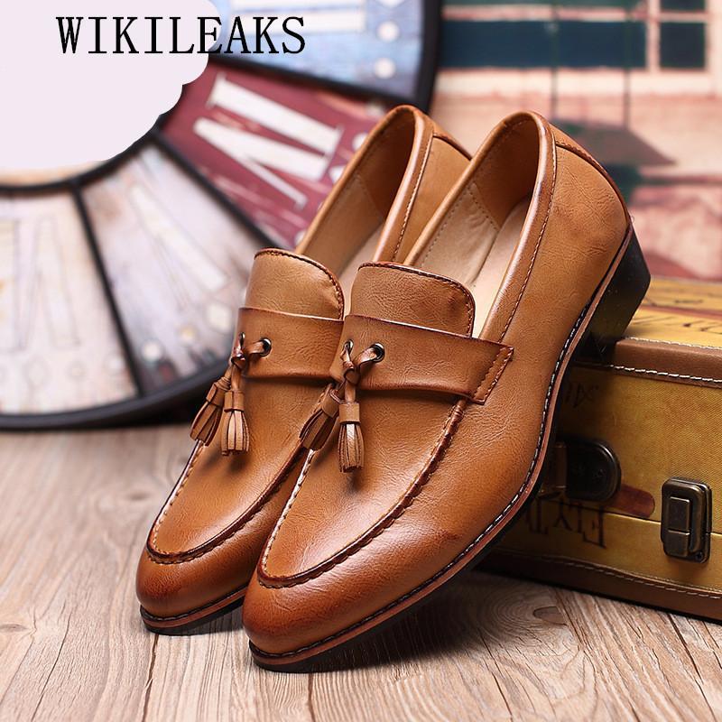 0074c9ee Compre Punta Puntiaguda Borla De Cuero Formal Hombres Zapatos Marca De Lujo  Italiano Resbalón En Mocasines Calzado Masculino Diseñador Zapatos Oxford  Para ...