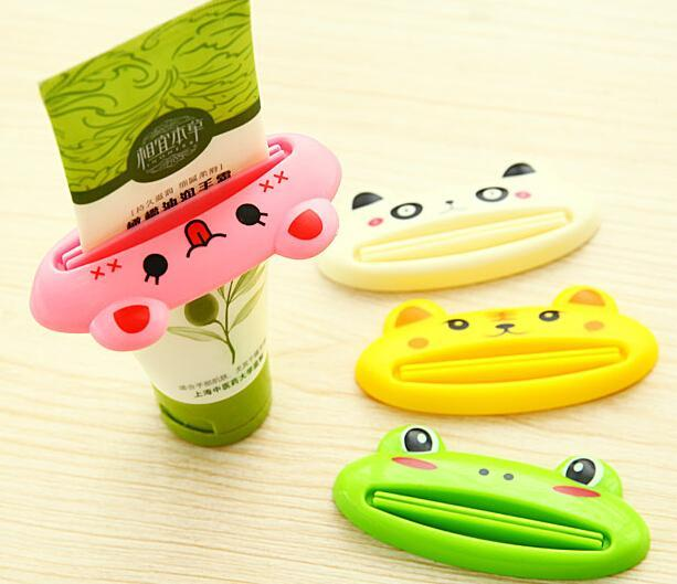 Wholesale- 2Pcs/Set Creative Cute Cartoon Plastic Easy Toothpaste Tube Dispenser Squeezer Rolling Holder Squeeze Paste Bathroom Sets
