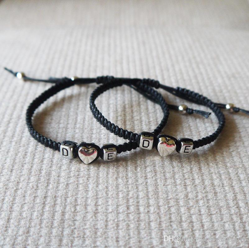 6aca50db0b51 Compre 1 Par De Iniciales Personalizadas Charm Bracelet Amor Pulsera ...