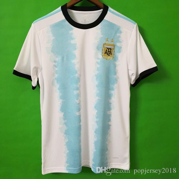 d3175fd5f5df7 Compre Tailândia Argentina Camisa De Futebol Copa América 2019 2020 Nova  Temporada MESSI DYBALA HIGUAIN ICARDI Camisetas De Futbol Futebol Camisa De  Futebol ...