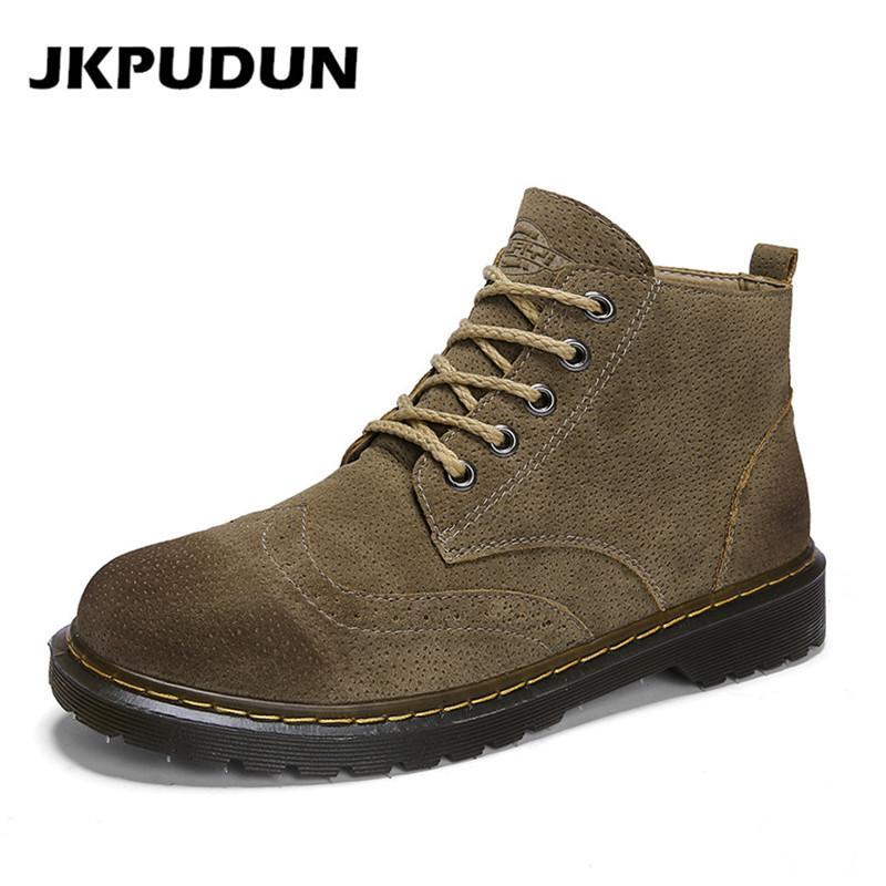 1af85197fd1 Compre Comercio Al Por Mayor Botas Martin Para Hombre Zapatos Brogue De  Gamuza De Cuero Casual Vintage Botines Militares Para Hombres Botas De  Trabajo De ...