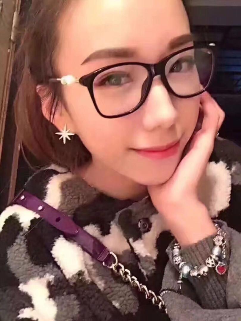 8b856265574 2019 2018 New Ch3330 Fashion Women Eyewear Optical Clear Lens Color Big Pearl  Frame Myopia Eyeglasses Female Brand Design Box Case From Maocai