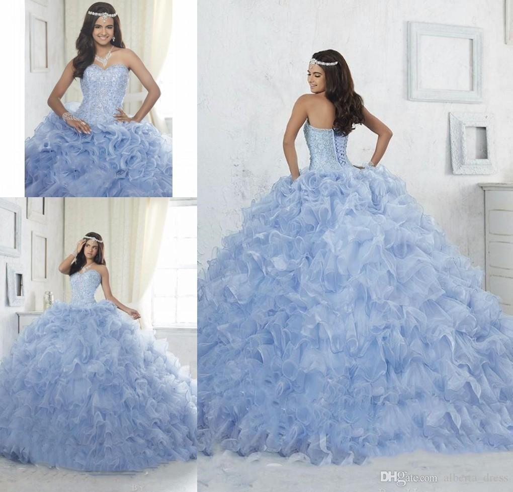 Vestido azul claro debutante