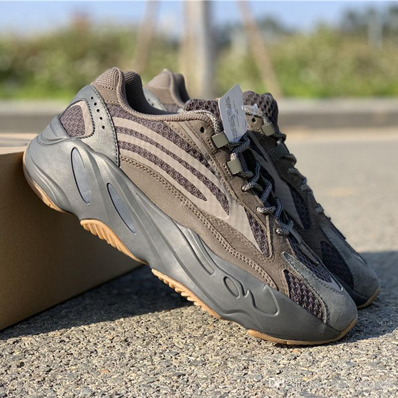 d15a32ae4 2019 Mauve 700 Wave Runner New 700 V2 Static Mens Women Designer Sneakers  Best Quality Kanye West Sport Shoes With Box 5 13 Stability Running Shoes  Running ...