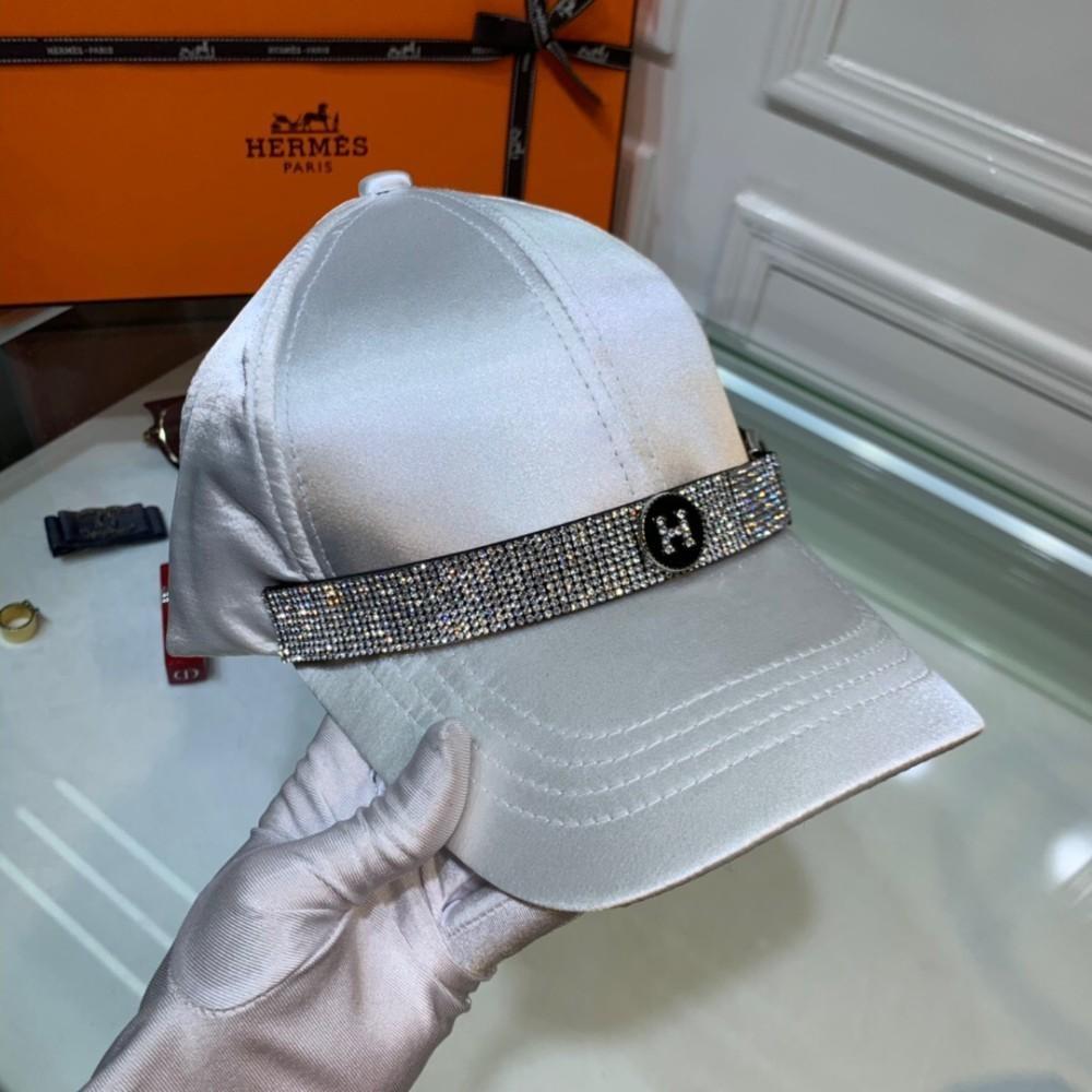 Her 2019 New Cap 7f84ec5c88a