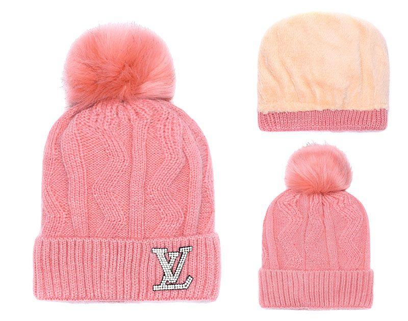 f42805bf39fa4 2019 High Qualit Luxury Brand Women s Casual Winter Hat Men Knit ...