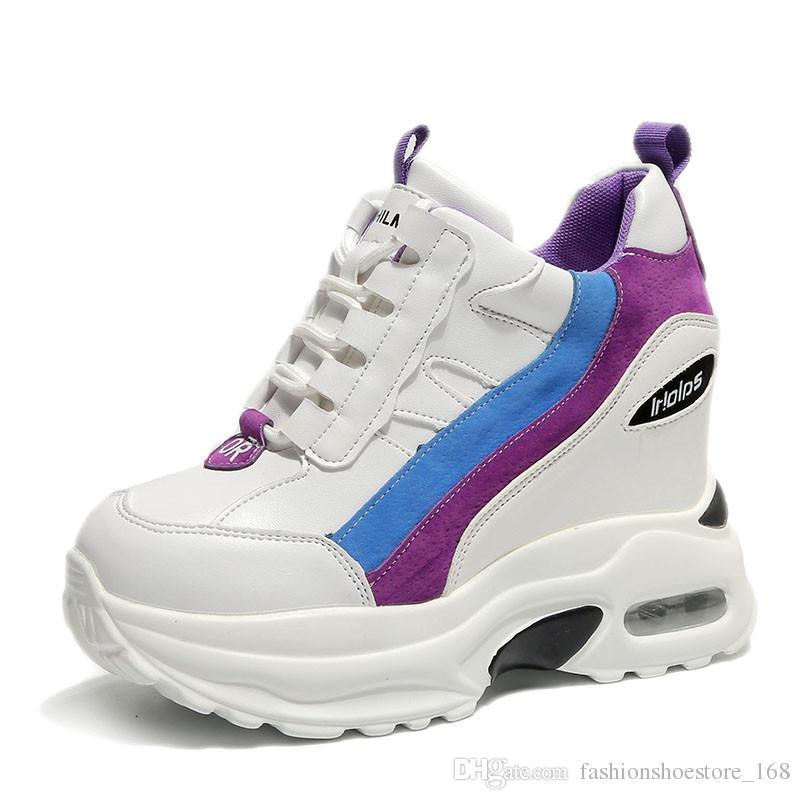 4f9c021e8771a Acheter Femmes Chaussures À Talons Épais Casual Chaussures 2019 Plate Forme  De Mode Talons Femmes Sneakers Talon Caché Hauteur Augmentant Blanc  Sneakers De ...