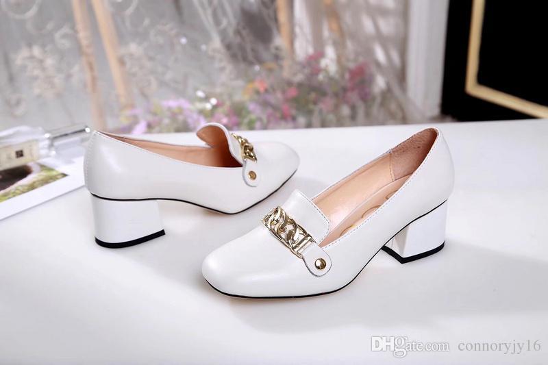 aba332ce1396b4 Acheter Mode Italienne Rivets Designer De Luxe Rouge Fond Bas Talons Hauts  Talon Noir Argent Pompes De Mariage Robe Femmes Chaussures De $75.57 Du ...