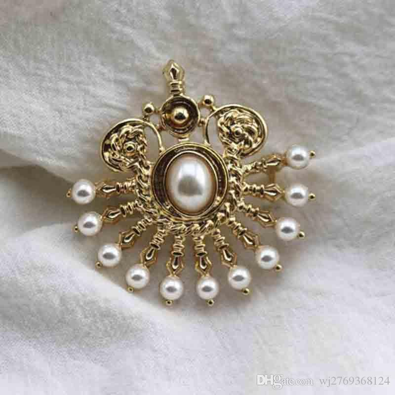 Retro Fashion 14K Gold Brooch Pins Pearl Corsage Scarf Clips For Women Suit Shirt Accessories Jewelry