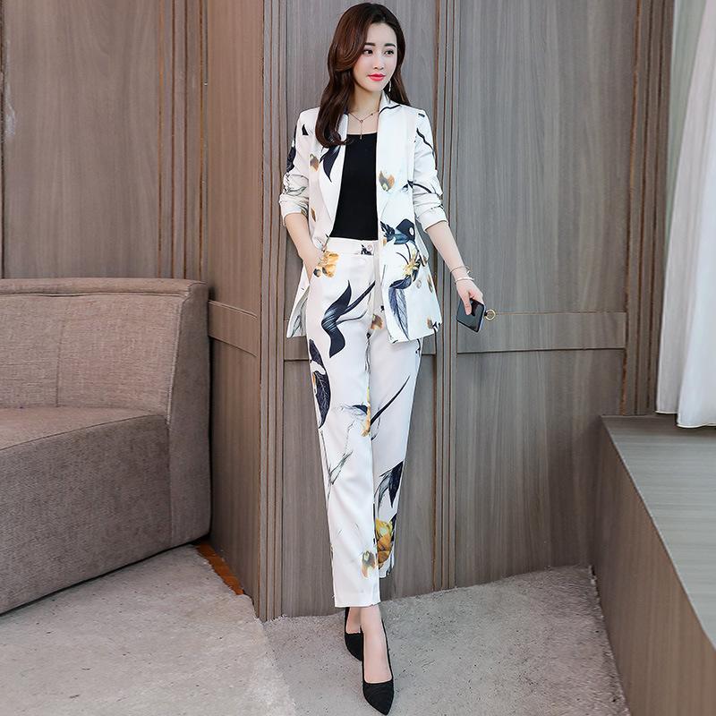 bbf0a8755931 Набор женские брюки костюм пиджак 2019 весна и осень новая мода печати  маленькая ...