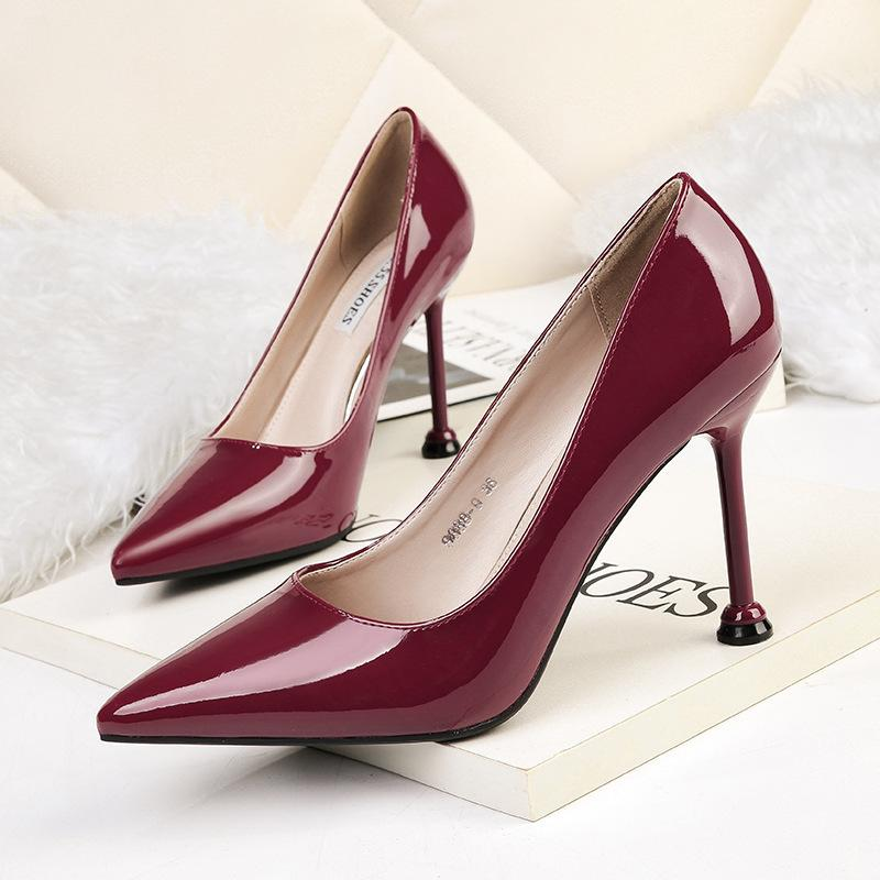 New Patent Leather High Heels Pumps Women Sexy Stiletto Pointed Toe Party Shoes Ladies Concise Classic Office Career Shoes Woman