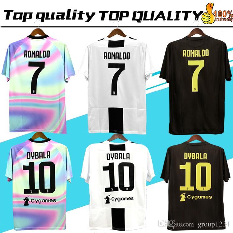 52960ca8784c4 Nova 2019   7 RONALDO JUVENTUS camisa de futebol 18 19 JUVE casa terceiro  Kit homens mulher   10 DYBALA camisa de futebol MANDZUKIC top qualidade  uniforme ...