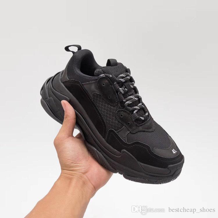 énorme réduction 835ad c159d Balenciaga Triple S Sneaker Paris 17FW Triple S Sneakers Triple-S Casual  Papa Hommes Designer Sneaker Chaussures pour Femmes Beige Noir Pas Cher  Sport ...