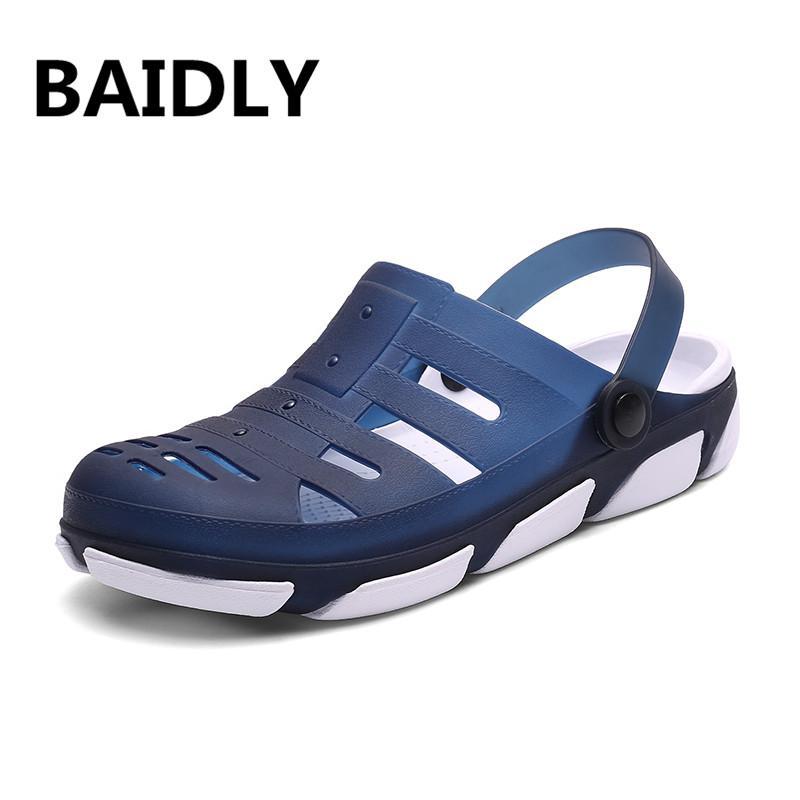 23cea3a31dc3 Men Sandals Summer Garden Clogs Sandals New Fashion Soft Beach Water ...