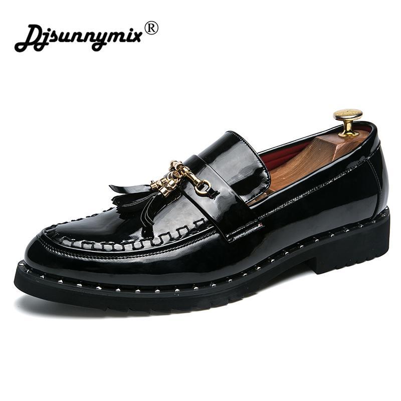 Großhandel Leder Brogue Business Formelle Kleidung Männer Schuhe Klassische  Büro Hochzeit Mens Oxfords Schuhe Casual Italienische Marke Desinger Von  Ycqz4, ... 45924d43c2