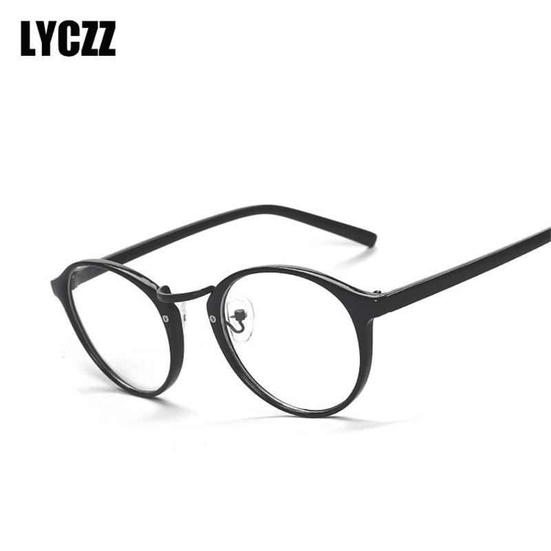 02649d793 Compre LYCZZ Brand New TR90 Armação De Óculos Redondos Olho Claro Óculos De  Prescrição Lente Clara Óculos Espetáculo Óptico Quadros Masculino Oculos De  ...