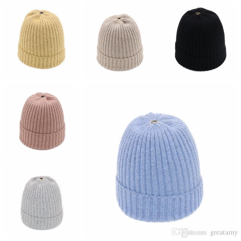 2019 Fashion Knitting Cap Warm Wool Women Men Knitted Solid Color Beanies  Winter Hat 10 Different Colors From Greatamy f5002998645