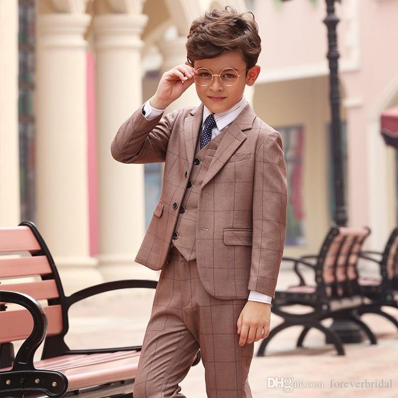 Summer Plaid Boy's Formal Wear con risvolto Risvolto Slim Fit Smoking da sposa Prom Party Pants Tute (Jacket + Vest + Pants)