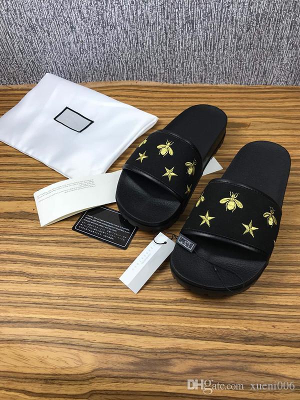 revendeur faa68 cc01c 2019 Pantoufles coulissantes de mode pour hommes femmes AVEC LA BOÎTE  ORIGINALE Designer Hot unisexe plage tongs pantoufle MEILLEURE QUALITÉ ...