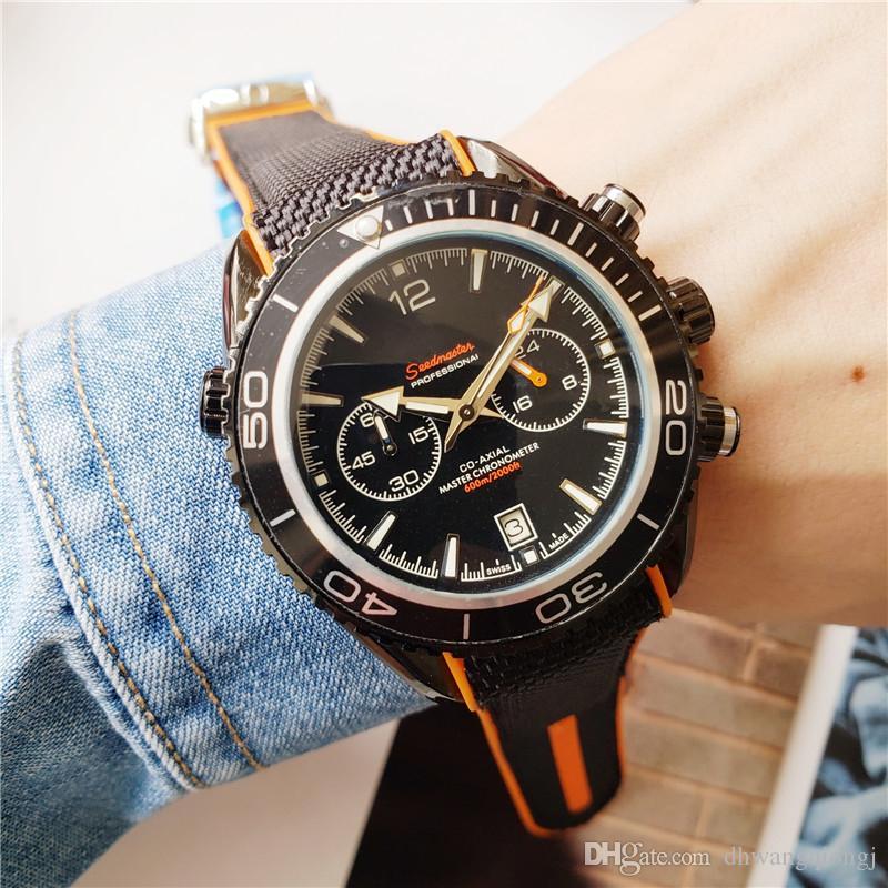 2020 Runing Stopwacth LuxuxMens 44mm Uhren Klassische Herren Relogios Leucht Chronograph Quarz Gummi Professionelle 007 Uhrarmbanduhren