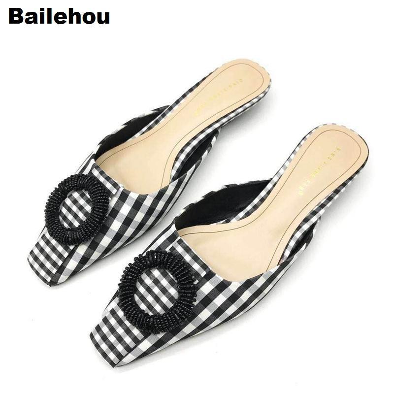 261408f1b Compre Bailehou Mulheres Chinelos De Luxo Da Marca Mulas Moda Fivela  Desliza Mula Elegante Sapatos Femininos Sapatos De Vestido De Chinelos De  Salto Baixo ...
