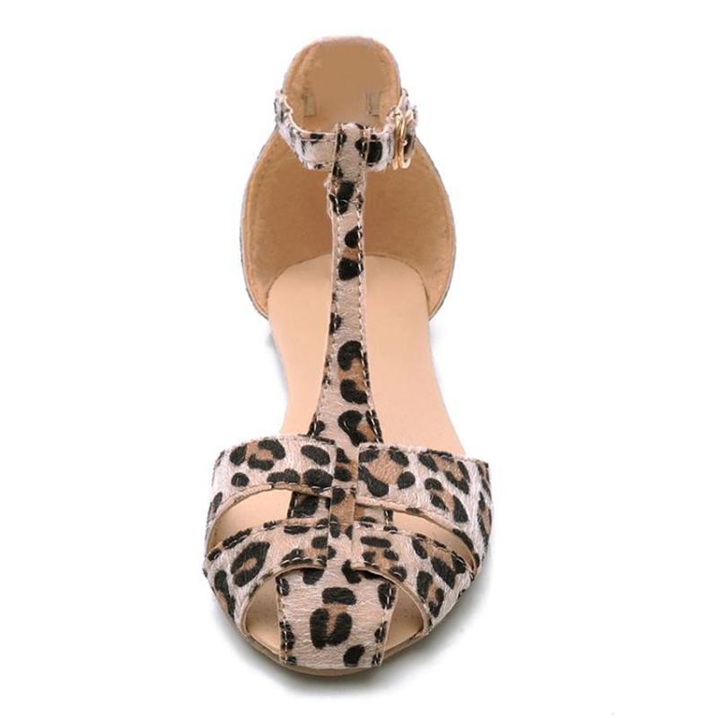 3a2536e751f Leopard Print Flat Heel Women Sandals 2019 Summer Women Ankle Strap ...