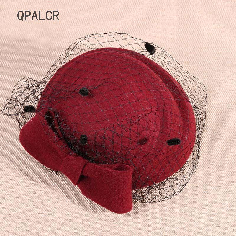 Acquista QPALCR Classic Fascinating Wool Felt Hats Women Mesh Cappello  Fedora Verde Rosso Matrimonio Wedding Party Pillbox Hat Bets Fascinators A   33.74 Dal ... 09f74184bccb