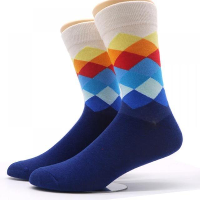 a589f3a116eed 2019 Men Fashion Strip Jacquard Socks Comfortable Cotton 0.035 Kg Sports  Mid Tube All Seasons Socks Medium From Shuokai1995, $10.75 | DHgate.Com
